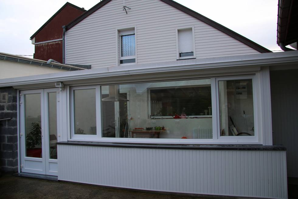 fenêtre, porte fenêtre PVC blanc